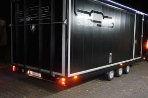 bmw x5 transport anhaenger geschlossen | bos design